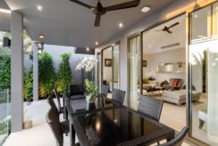 Infinity Blue Phuket - Dining table