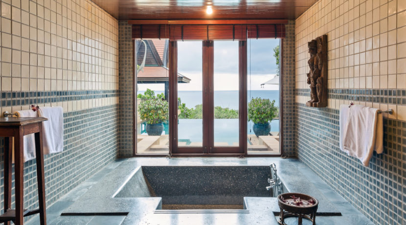 Villa Baan Hen - Luxury Bathroom