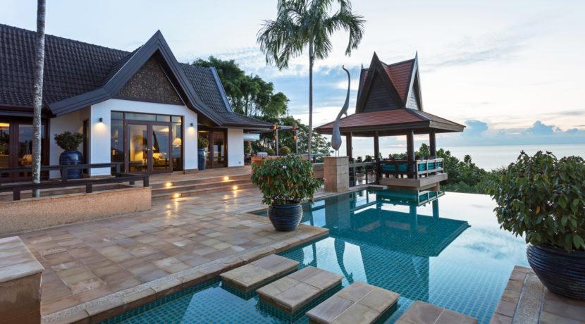 Villa Baan Hen - Luxury Private Villa in Phuket