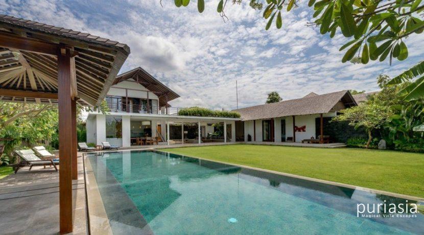 Villa Kavya - Four Bedrooms Luxury Villas in Canggu