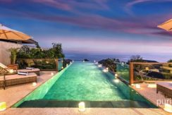 Villa Dewi Lanjar - Pool and View at Night