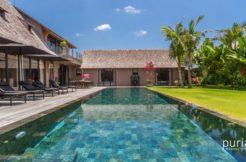 Villa Nehal - Luxury Five Bedrooms Villa in Umalas