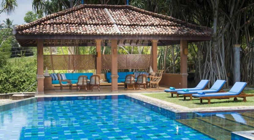Lansiya Villa - Poolside Lounge