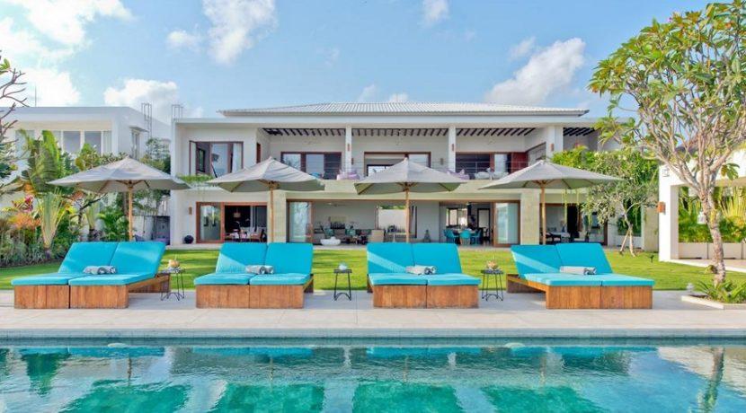 Villa Shaya - Pool and Villa