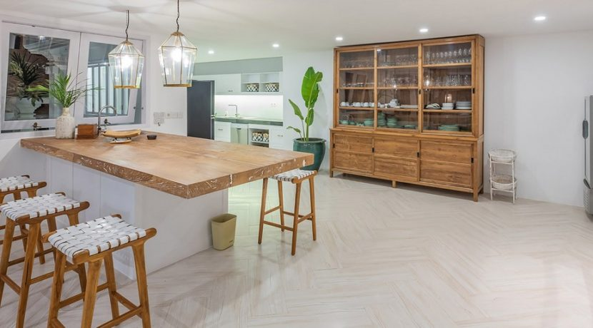 Villa Puri Balangan - Spacious Kitchen
