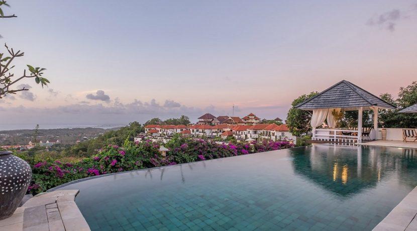 Villa Puri Balangan - Infinity Pool