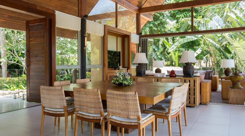 Avasara Residence - Dining and Living Area