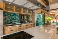 Angthong Villa - Kitchen design