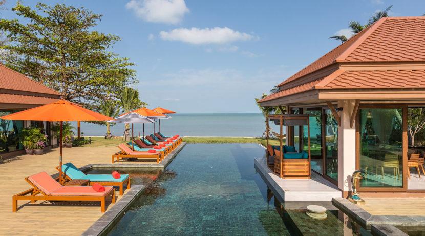 Angthong Villa - Absolute Beachfront Villa
