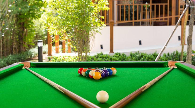 Angthong Villa - Pool table