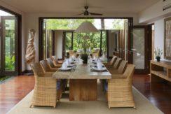 Chintamani Ocean Suite - Dining Area