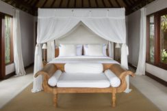 Chintamani Ocean Suite - Private Plunge Suite Luxury Bedroom