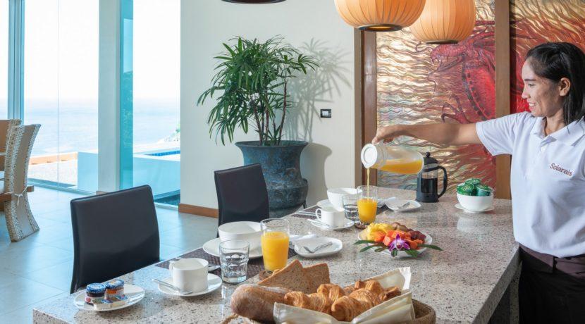 Villa Solaris - Breakfast service