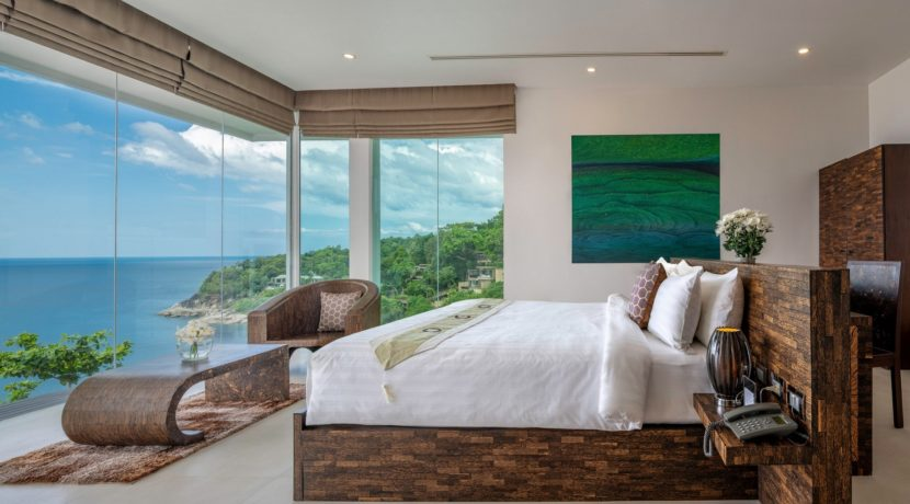 Villa Solaris - Third bedroom with stunning view from the corner window