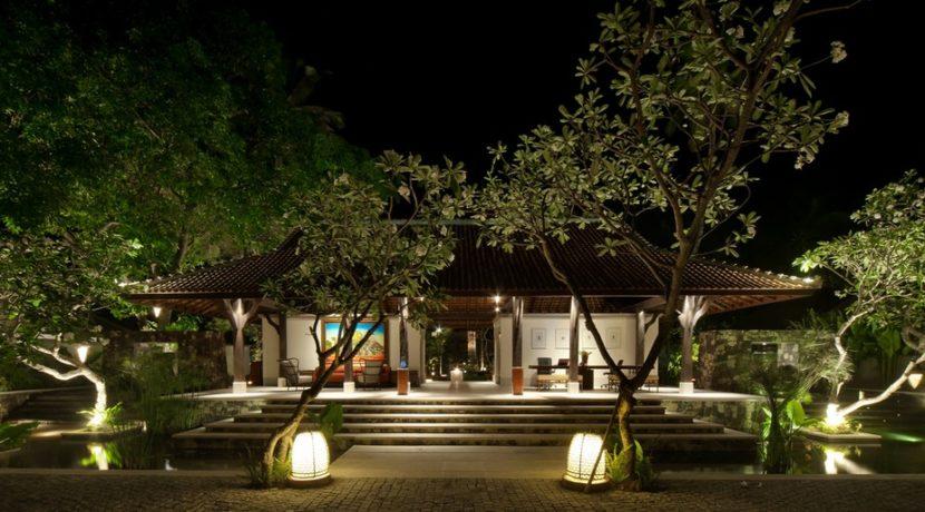 Sudamala Suranadi Villas - Lobby at Night