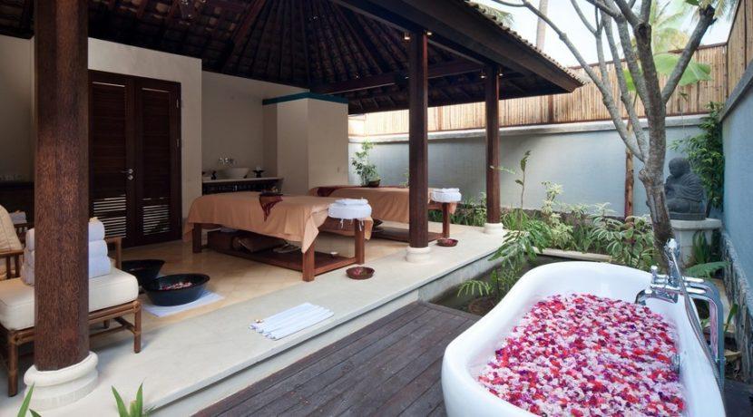 Sudamala Suranadi Villas - Mango Tree Spa Treatment Room