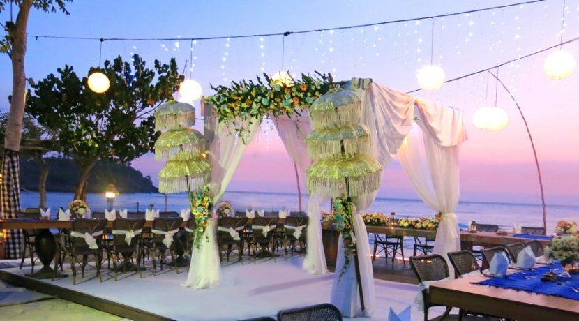 Sudamala Suranadi Villas - Wedding Reception by the Beach