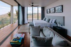 Villa Samsara - Glorious master bedroom design