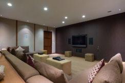 The-Long-House-Villa-10