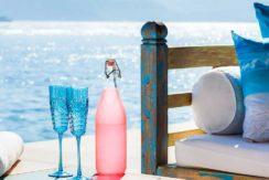 5.-Villa-Tirta-Nila---Oceanfront-tea-house-details